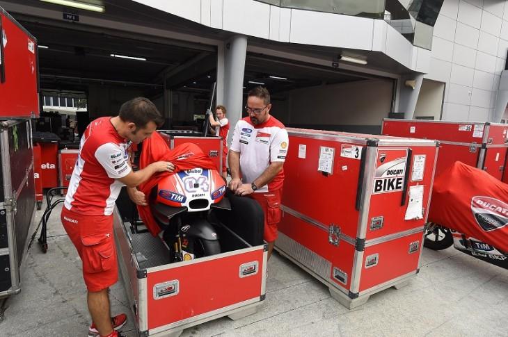 Ducati Team 102015