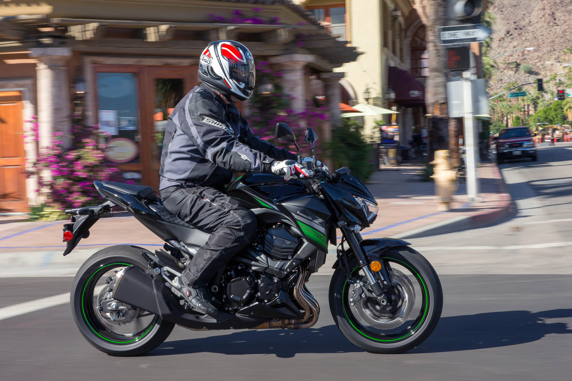2016 Kawasaki Z800 ABS MD First Ride MotorcycleDaily