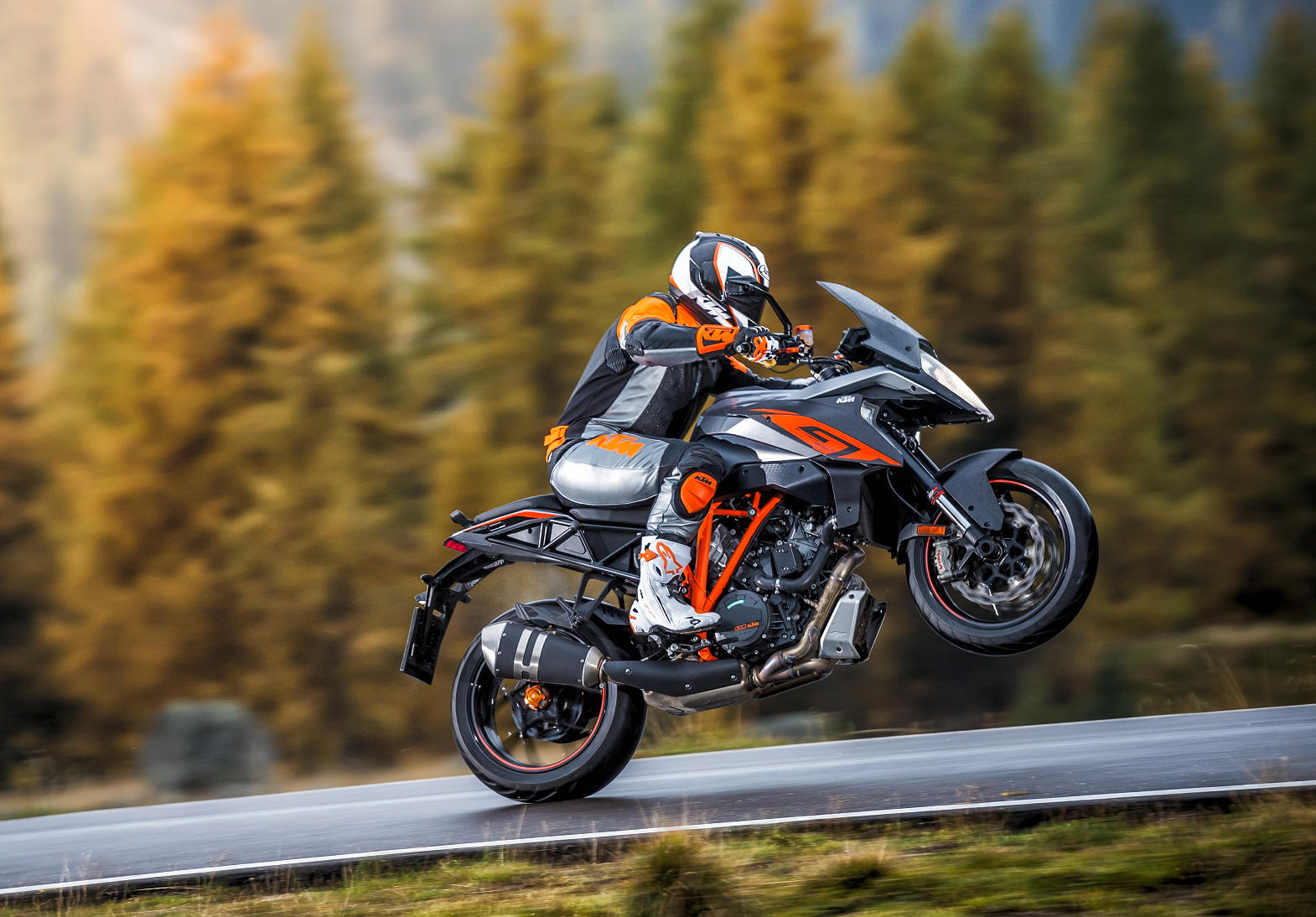 ktm introduces the 2017 1290 super duke gt sport touring gets a little bit crazy. Black Bedroom Furniture Sets. Home Design Ideas