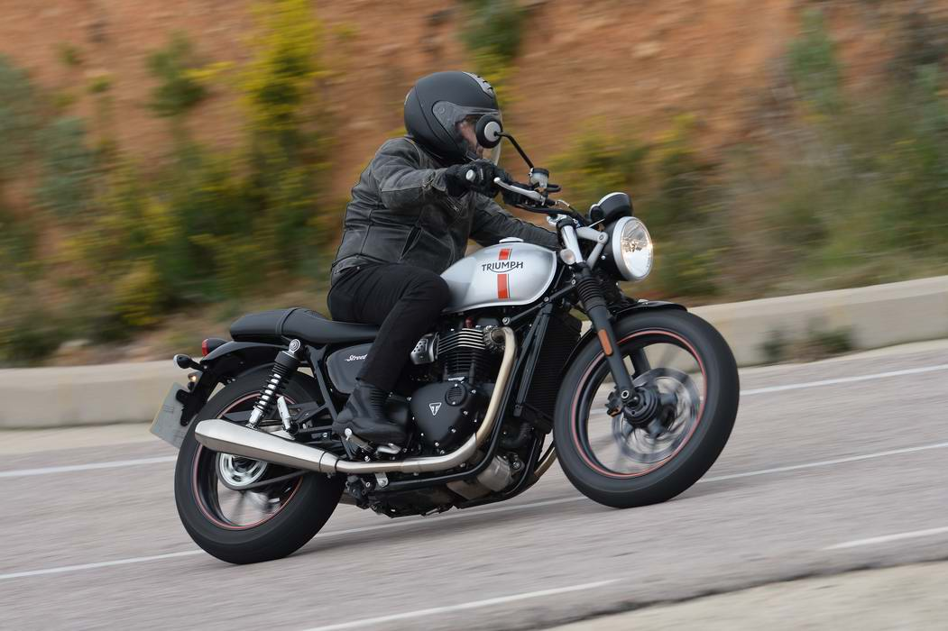2016 Triumph Street Twin Md First Ride Motorcycledailycom