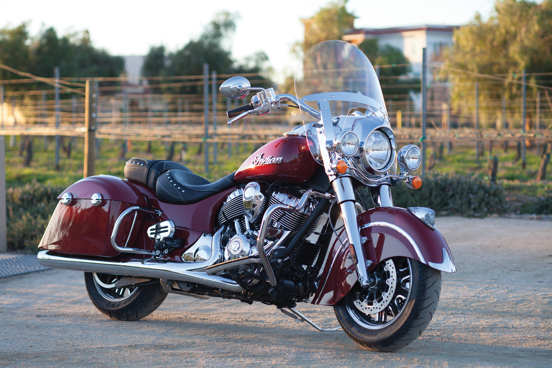 Meet indian motorcycles first model of 2016 indian chief dark - Indian Introduces 2016 Springfield