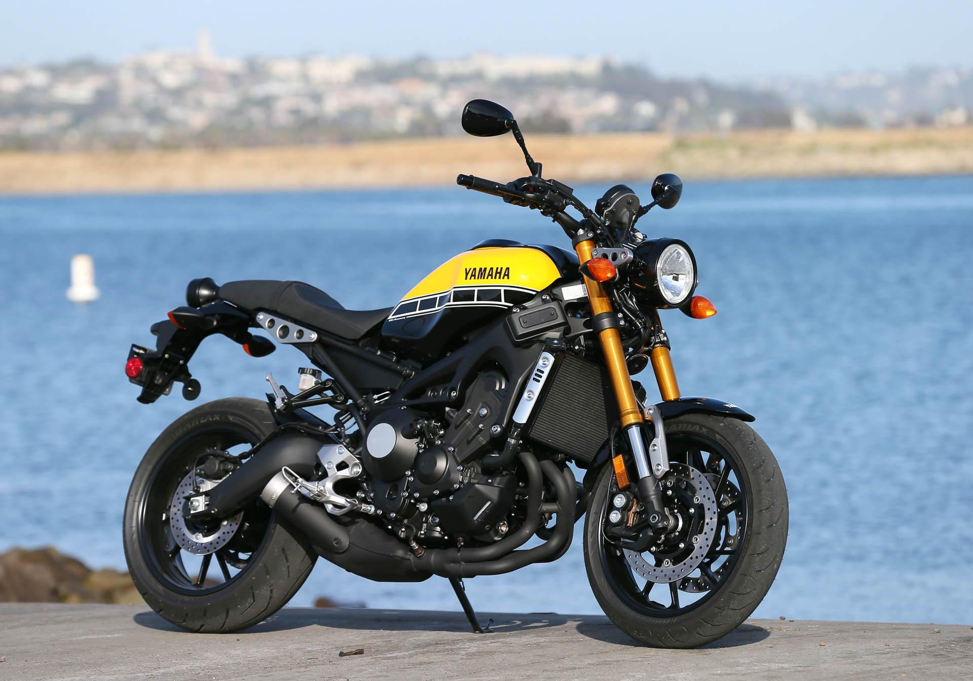 Round Motorcycle Led Headlight For Yamaha Xs