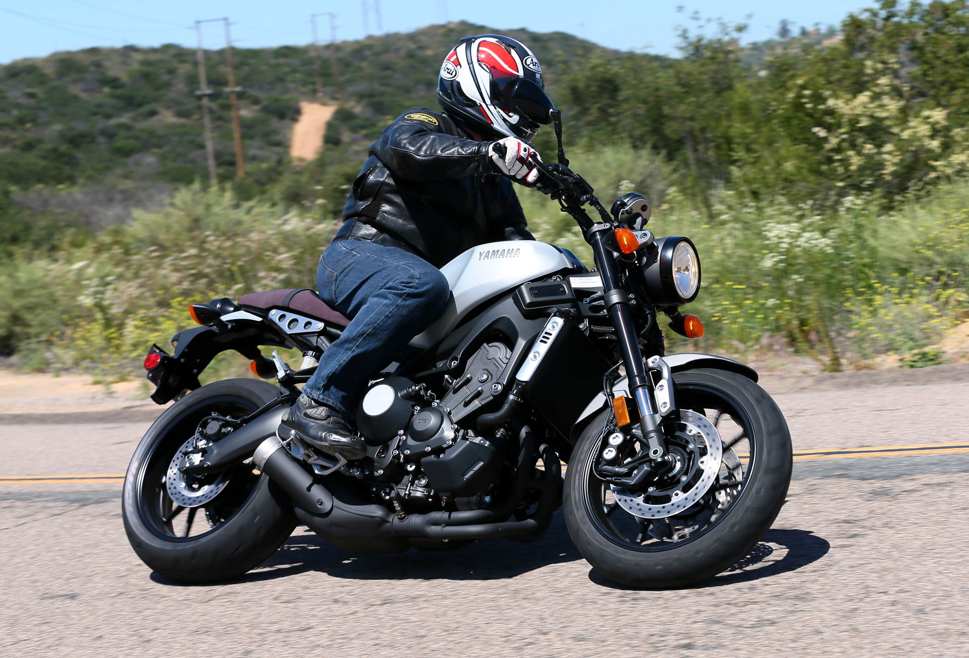 2016 Yamaha XSR900 MD First Ride