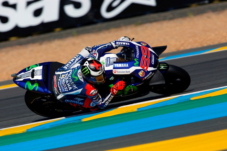 lorenzo powers to pole position in le mans motorcycle news editorials. Black Bedroom Furniture Sets. Home Design Ideas