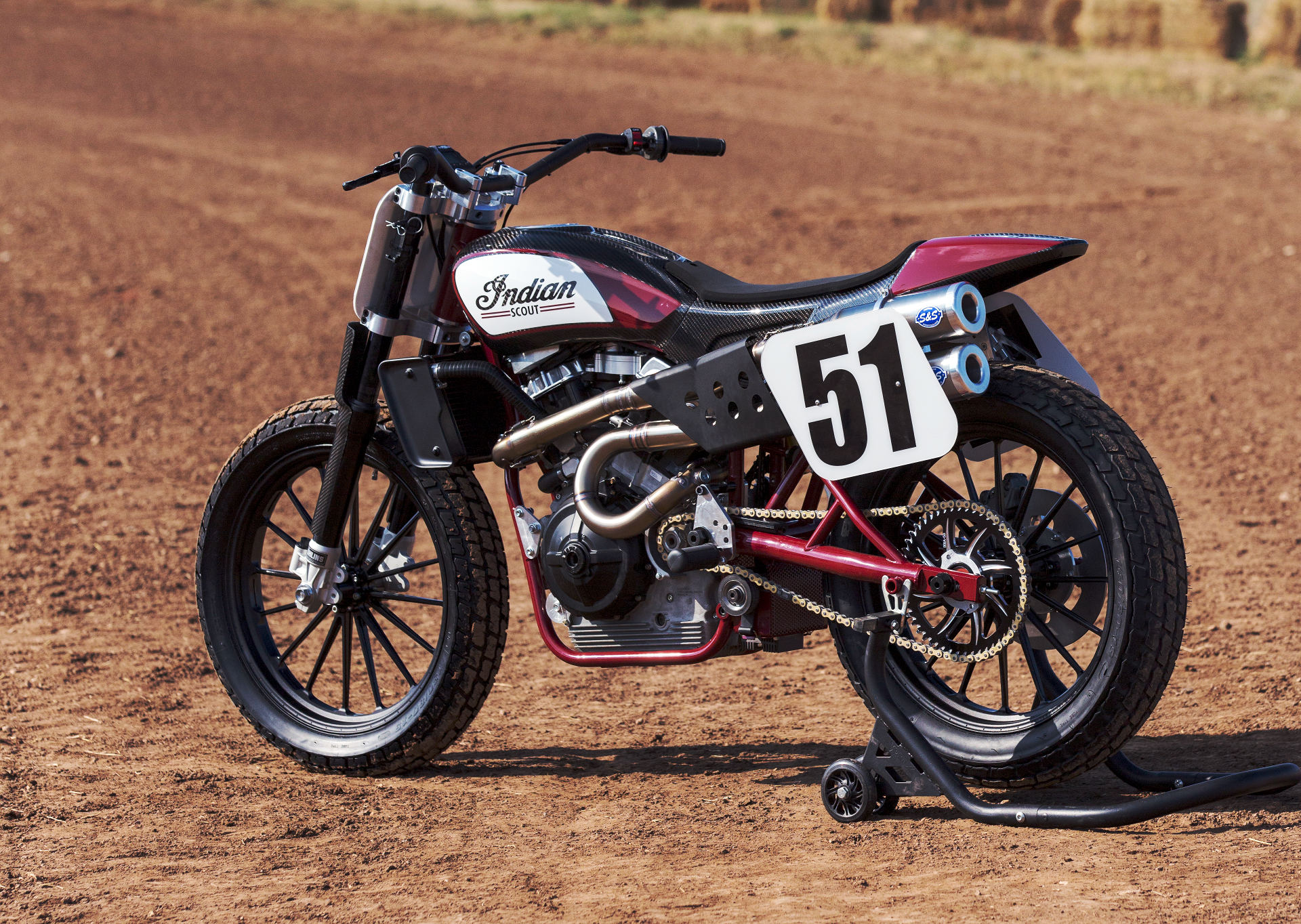Indian Inauspiciously Debuts Ftr750 Dirt Track Racer As