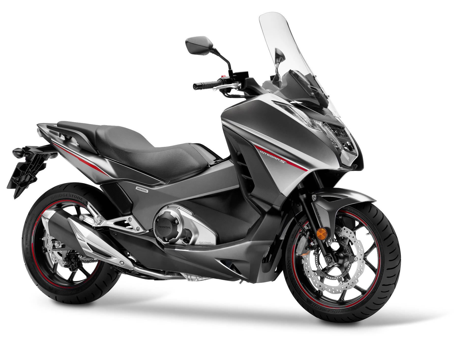 a quiet revolution from honda? 745cc twin scooter family getting