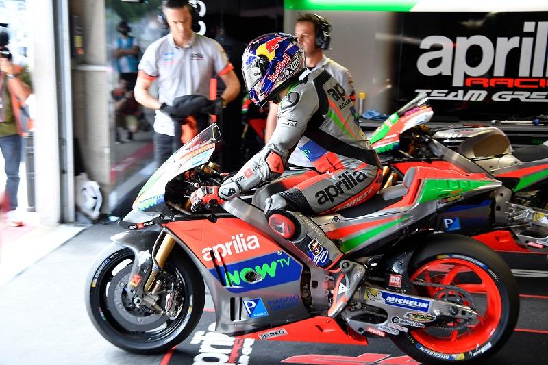 APRILIA RACING TEAM GRESINI – MotoGP Austria Saturday « MotorcycleDaily.com – Motorcycle News ...