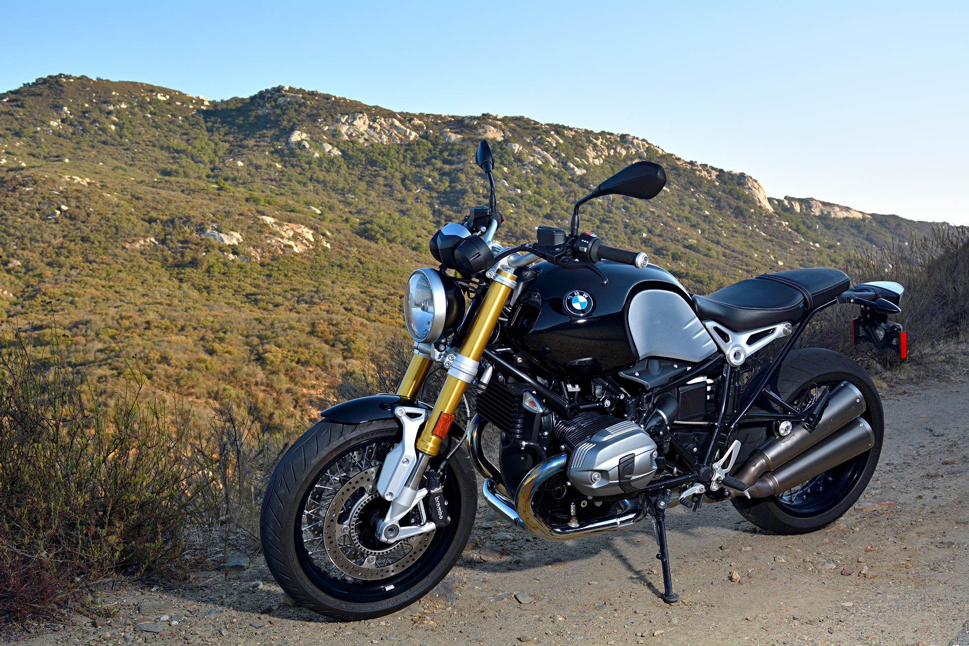 2016 BMW R nineT: MD Ride Review - MotorcycleDaily com - Motorcycle