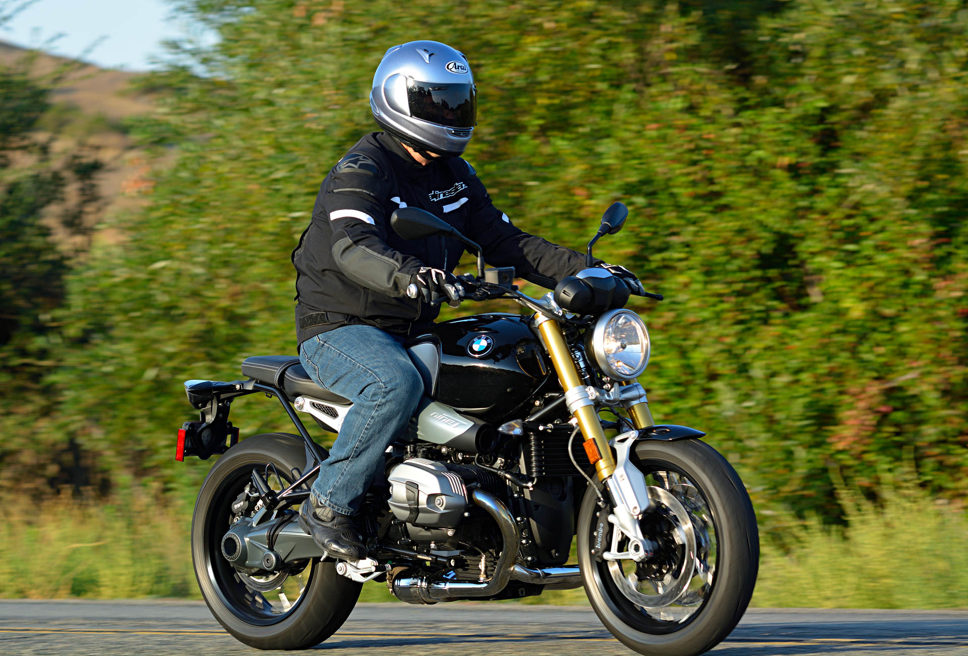 2016 Bmw R Ni  Md Ride Review