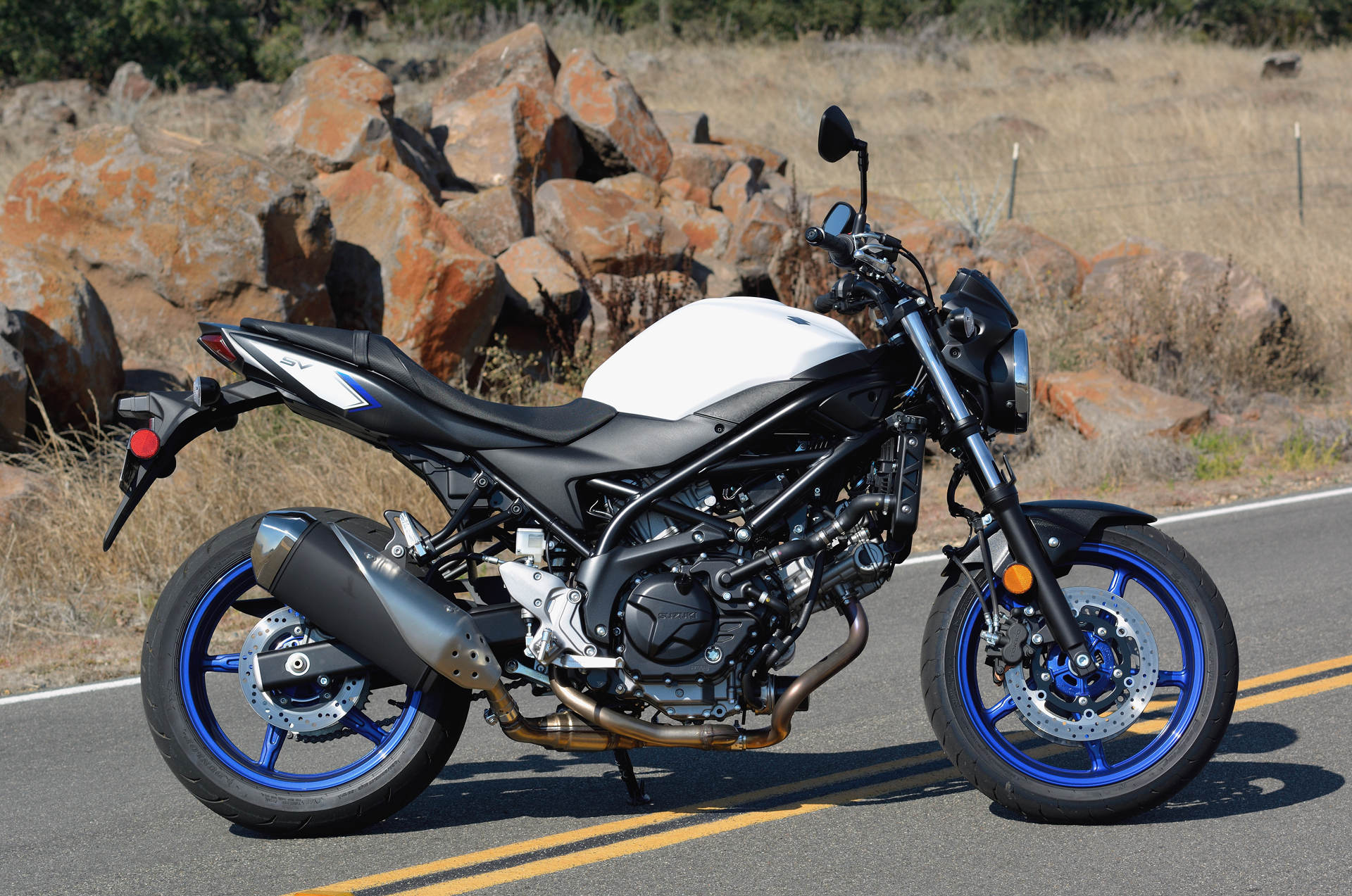 2017 suzuki sv650 md ride review  motorcycledaily