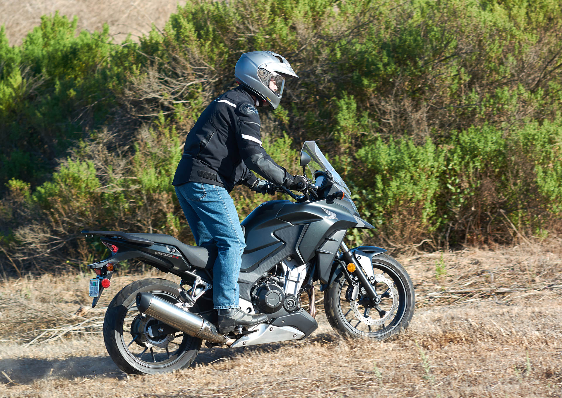 Honda cbx 500 review - The 2017 Model Is Only Available In Candy Rose Red Take A Look At Honda S Web Site For Additional Details Specifications And Available Accessories
