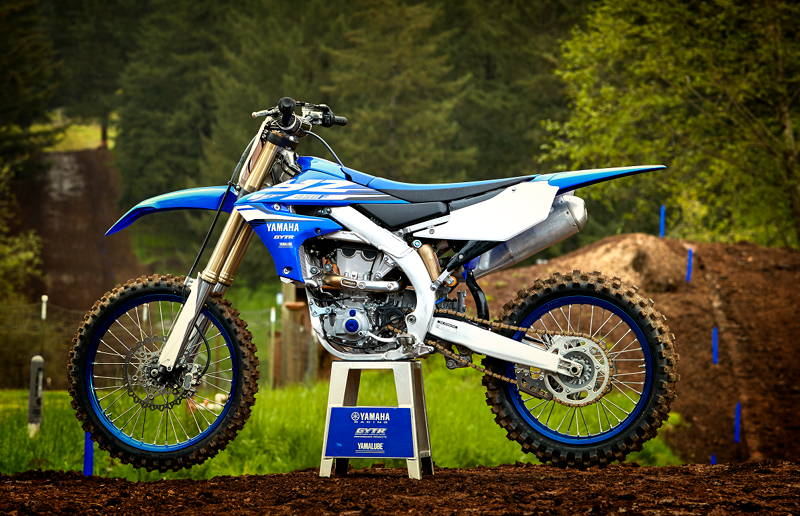 2018 Yamaha YZ450F Completely Redesigned with Smartphone Tuning ...