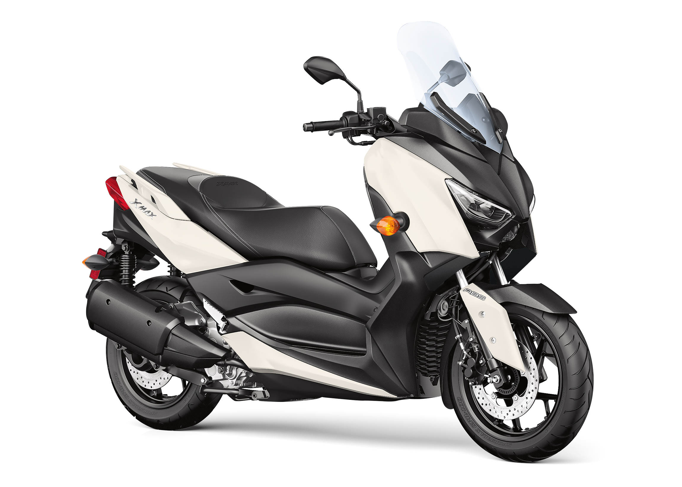 Yamaha introduces new 2018 xmax scooter motorcycledaily for Yamaha new motorcycles 2018