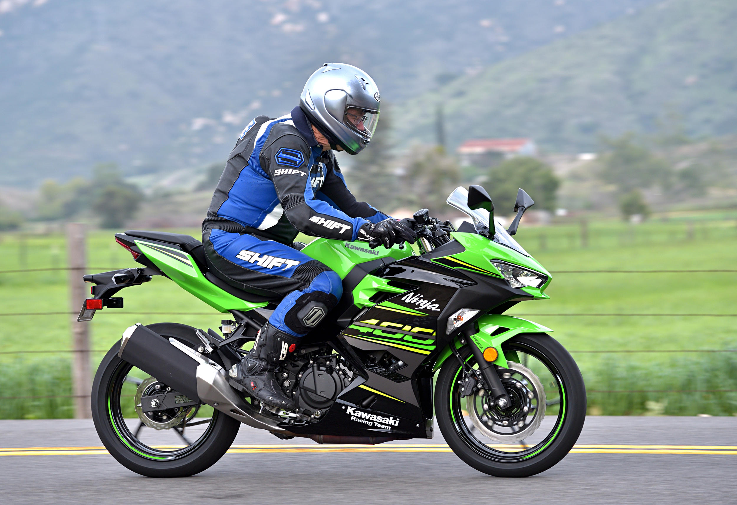 2018 Kawasaki Ninja 400 Abs Md Ride Review Motorcycledailycom