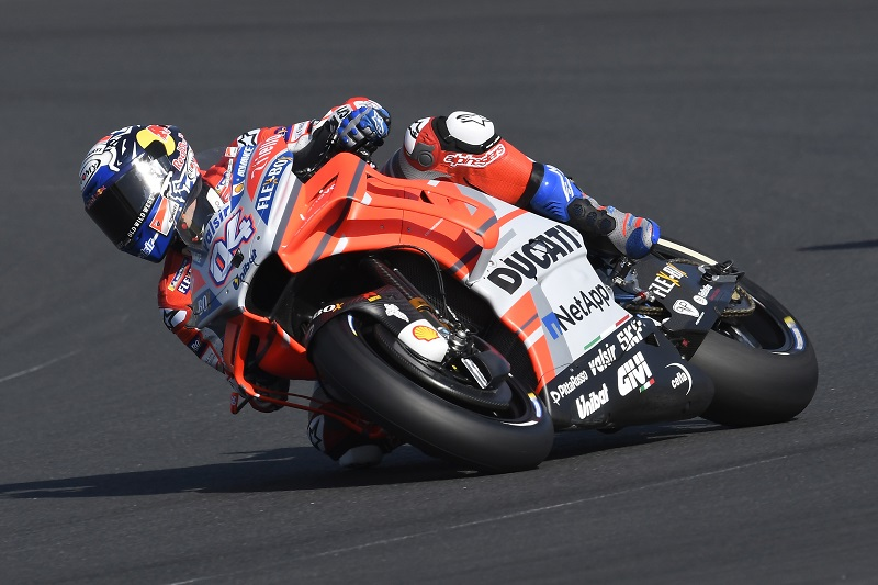 row 2 start for ducati team riders in french gp andrea dovizioso fifth and jorge lorenzo sixth. Black Bedroom Furniture Sets. Home Design Ideas
