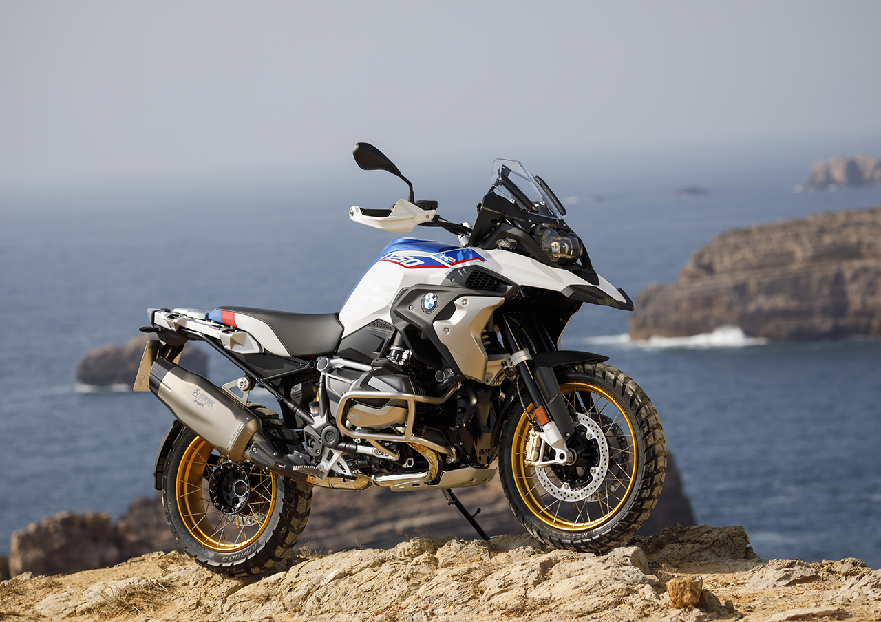 2019 bmw r 1250 gs and r 1250 rt both get shiftcam engine. Black Bedroom Furniture Sets. Home Design Ideas