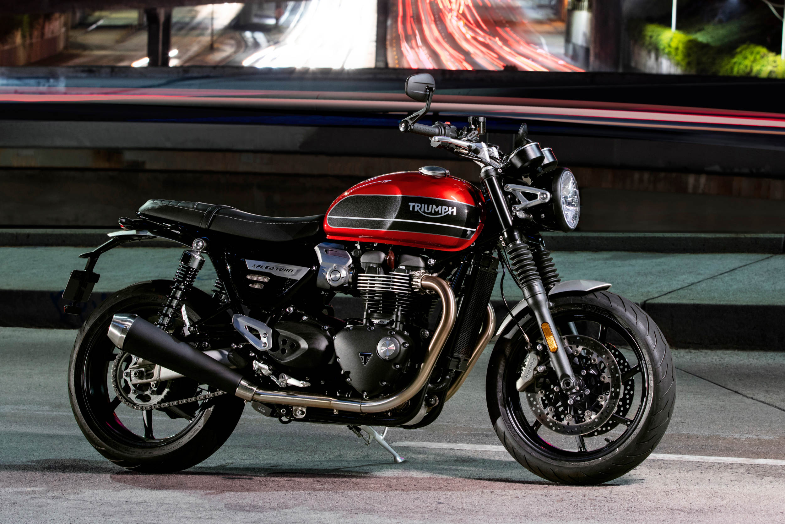 Triumph Unveils 2019 Speed Twin With Video
