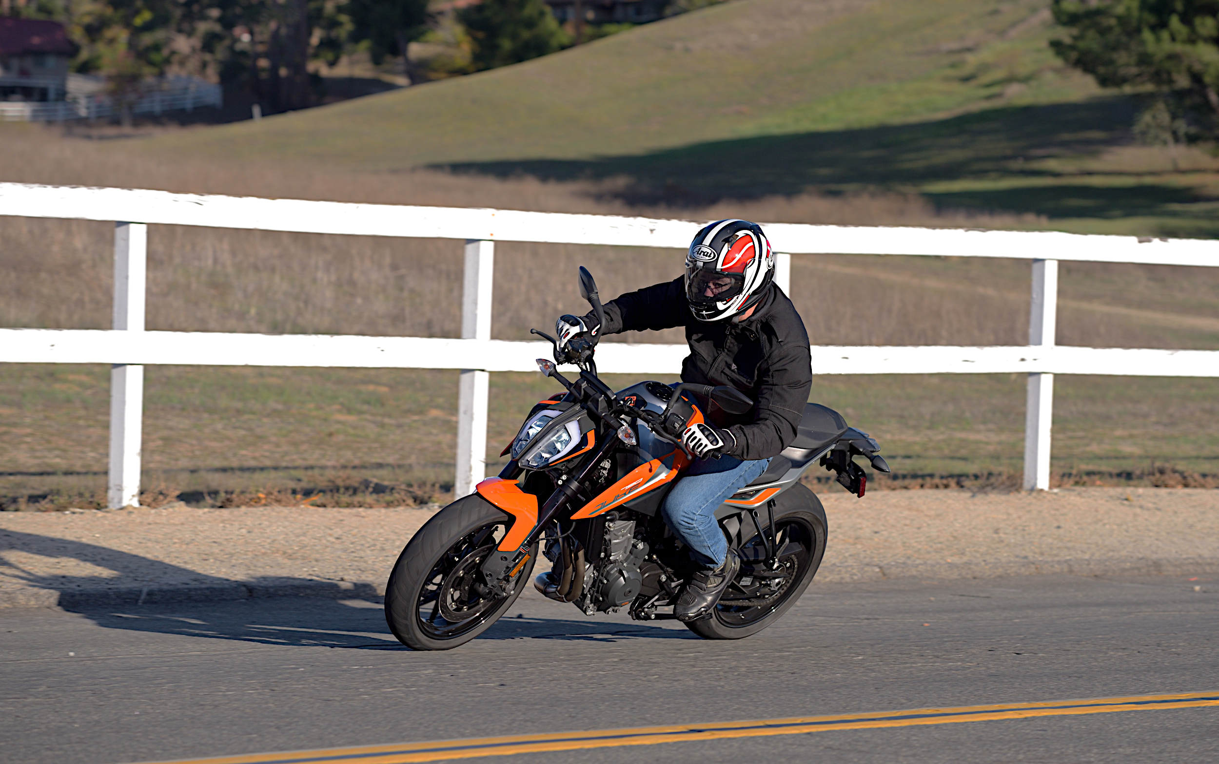 2019 KTM 790 Duke: MD Ride Review - MotorcycleDaily com
