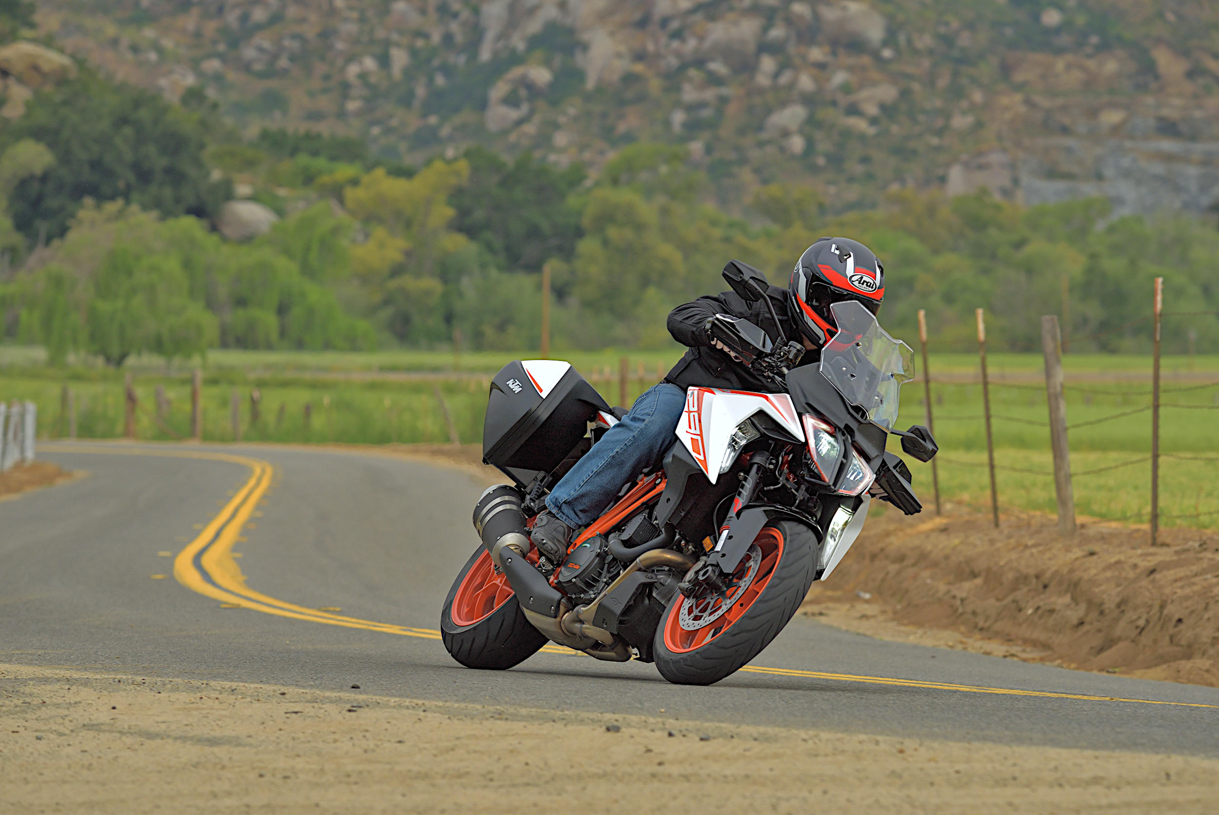 2019 KTM 1290 Super Duke GT: MD Ride Review - MotorcycleDaily com