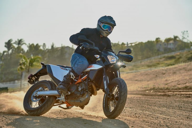 2019 KTM 690 SMC R: MD Ride Review - MotorcycleDaily com