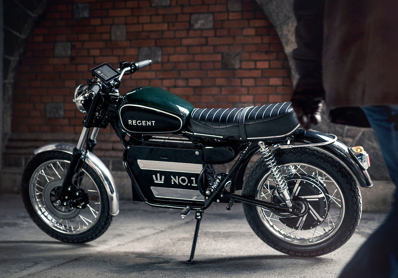 Regent Motorcycles Releasing Retro-Style Electric for 2020 (Bike Reports) (News)
