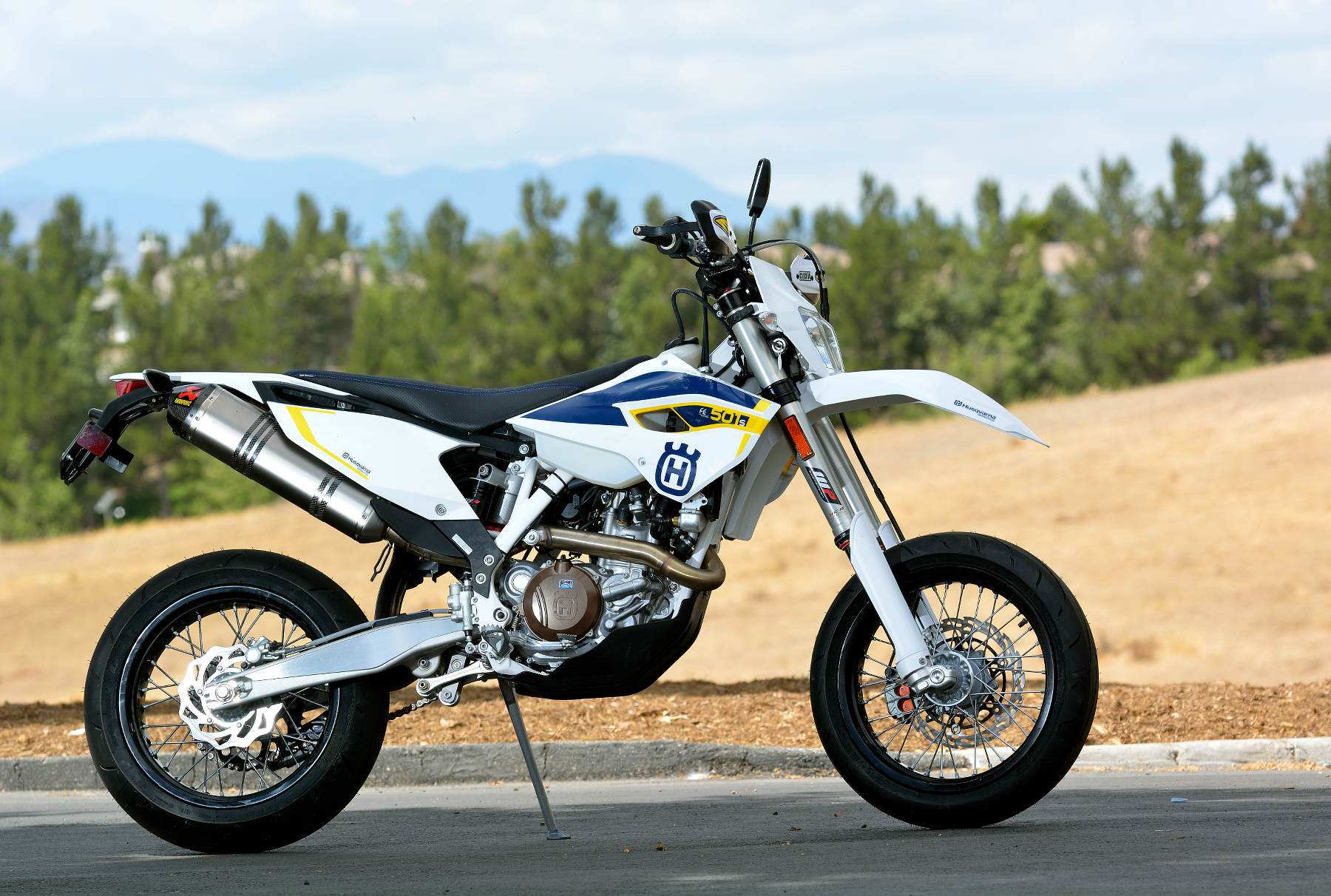 1000  images about Husqvarna 501 FE Supermoto conversion on ...