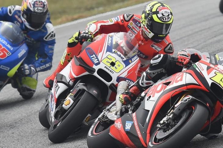 Ducati Team 102515