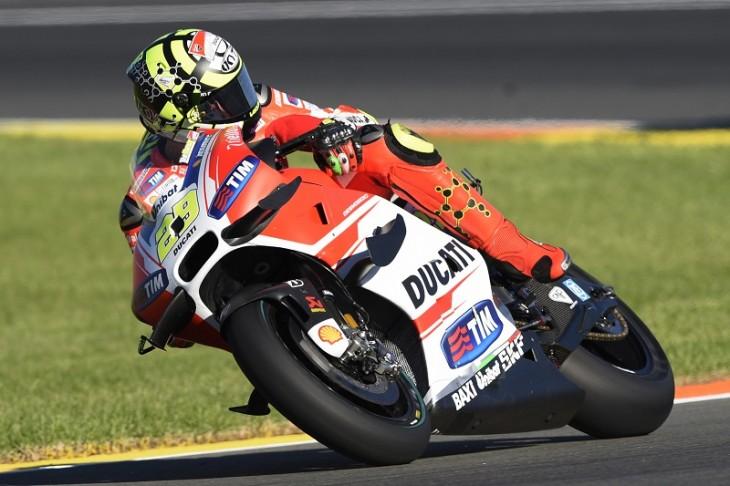DucatiTeam_110615