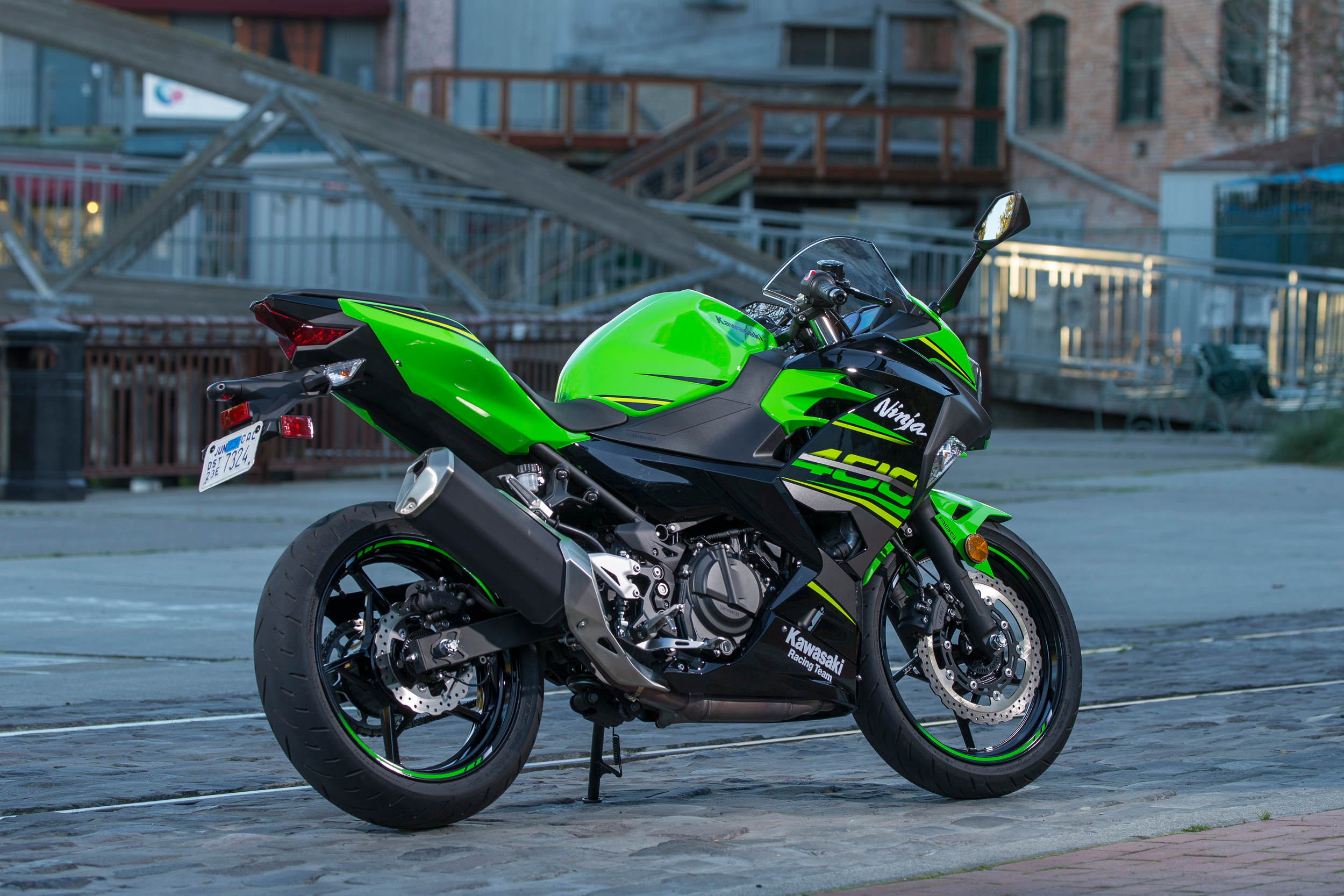 2018 Kawasaki Ninja 400 Abs Md First Ride Fitting Wiring For Brake Light Front And Rear Need Help Drz The One Finger Pull Cable Actuated Clutch Might Appeal To New Riders While Feeling Almost Too More Experienced Pilots Who Want Feel