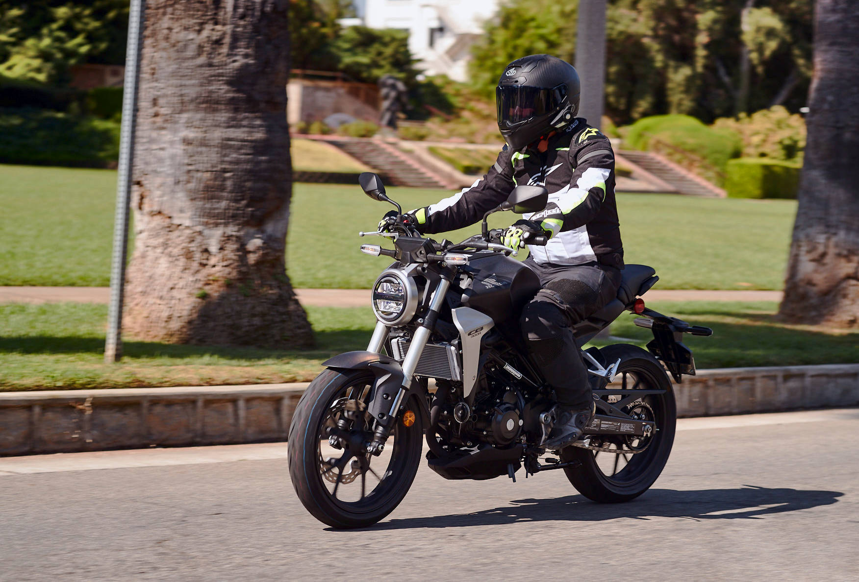 2019 honda cb300r md first ride review motorcycledaily. Black Bedroom Furniture Sets. Home Design Ideas